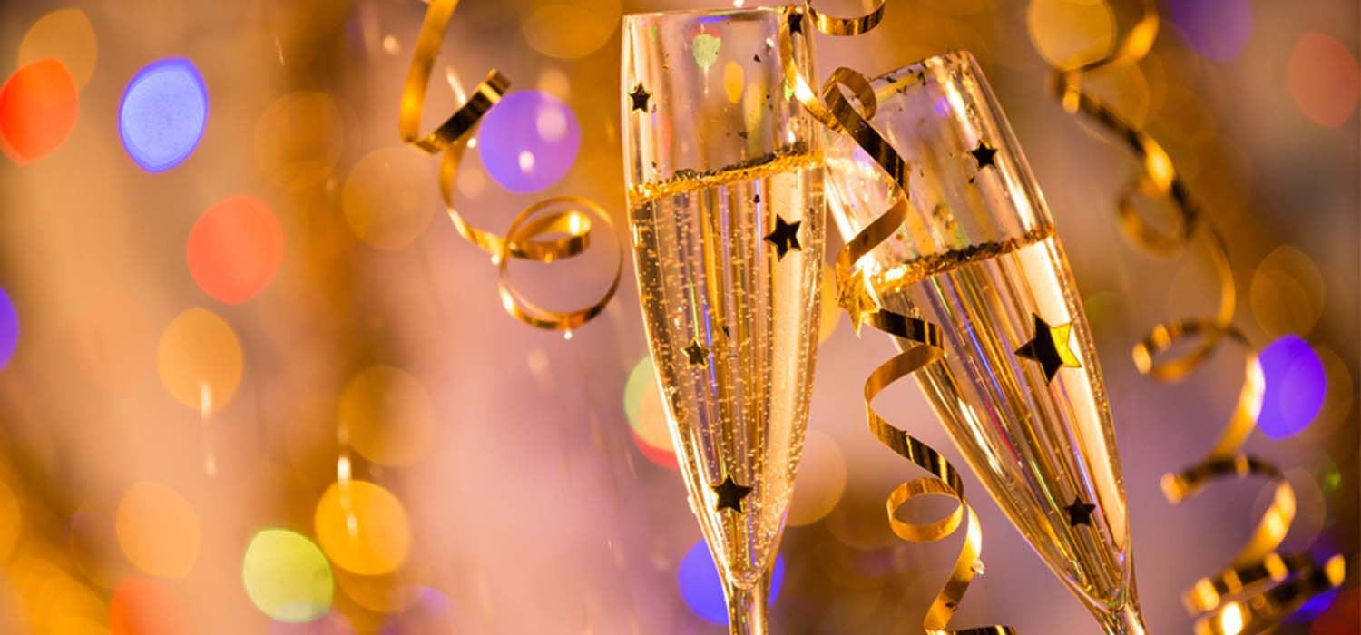 8 amazing additions to your anniversary party champions