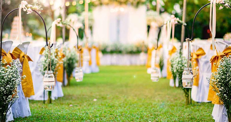 Why Is A Garden Party A Great Idea?
