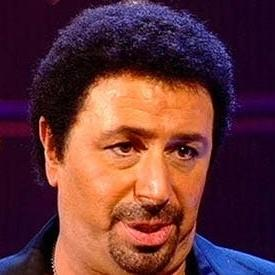 Simon Abbotts as Tom Jones
