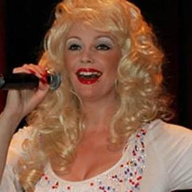 Andrea Pattison as Dolly Parton